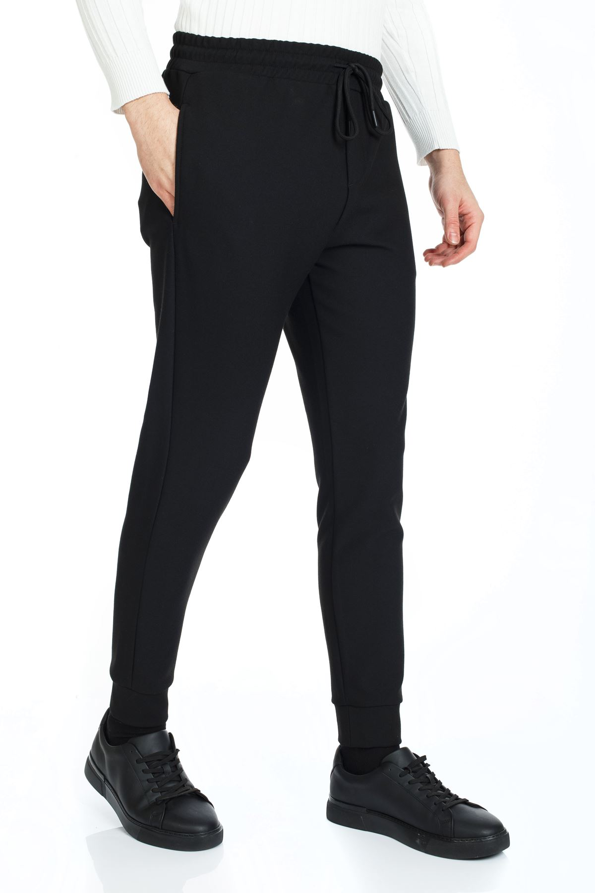 Siyah  Paça Lastikli İpli Slim Kalıp Jogger Pantolon