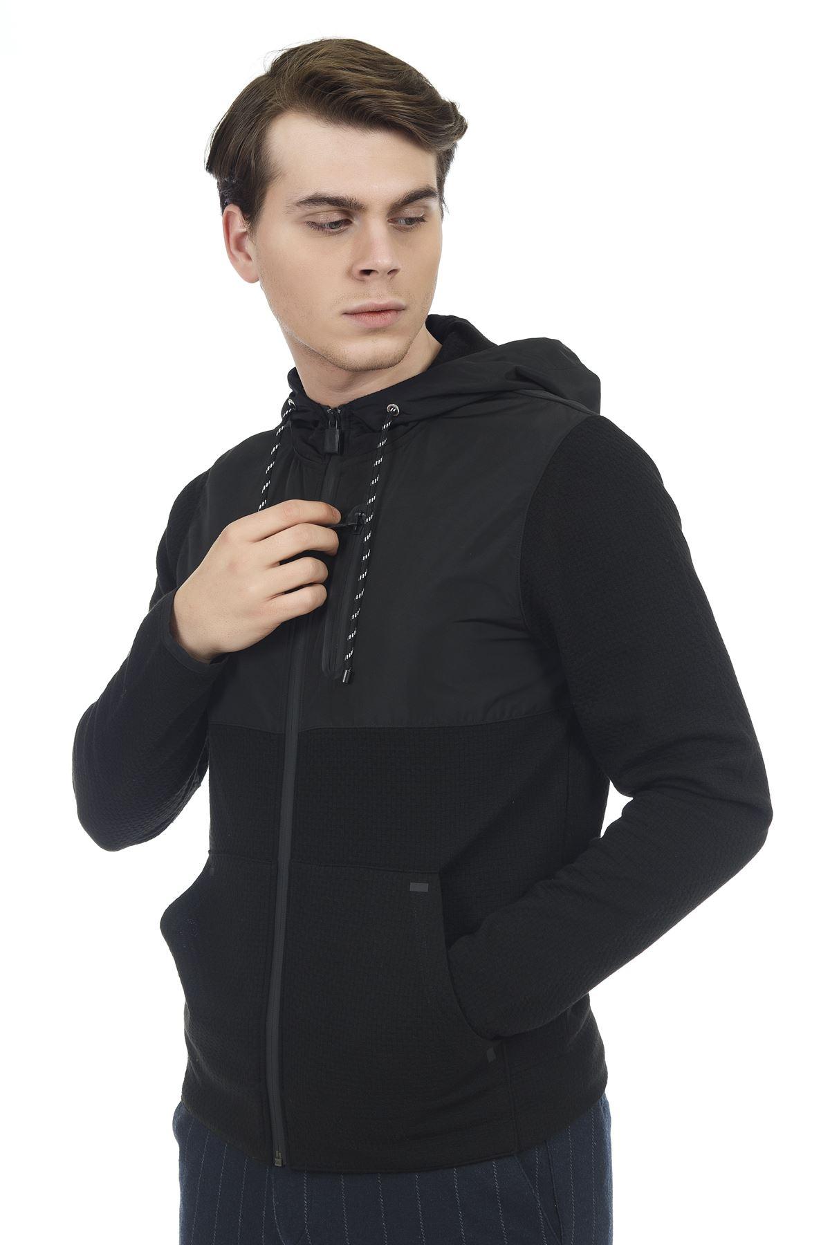 Siyah İpli Kapüşonlu Sweatshirt