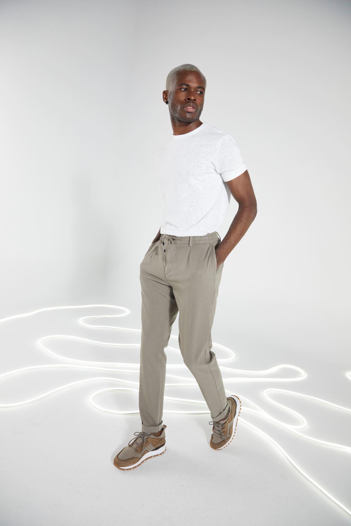 Bej Regular Kalıp Diagonal Desen Bağcıklı Jogger Pantolon