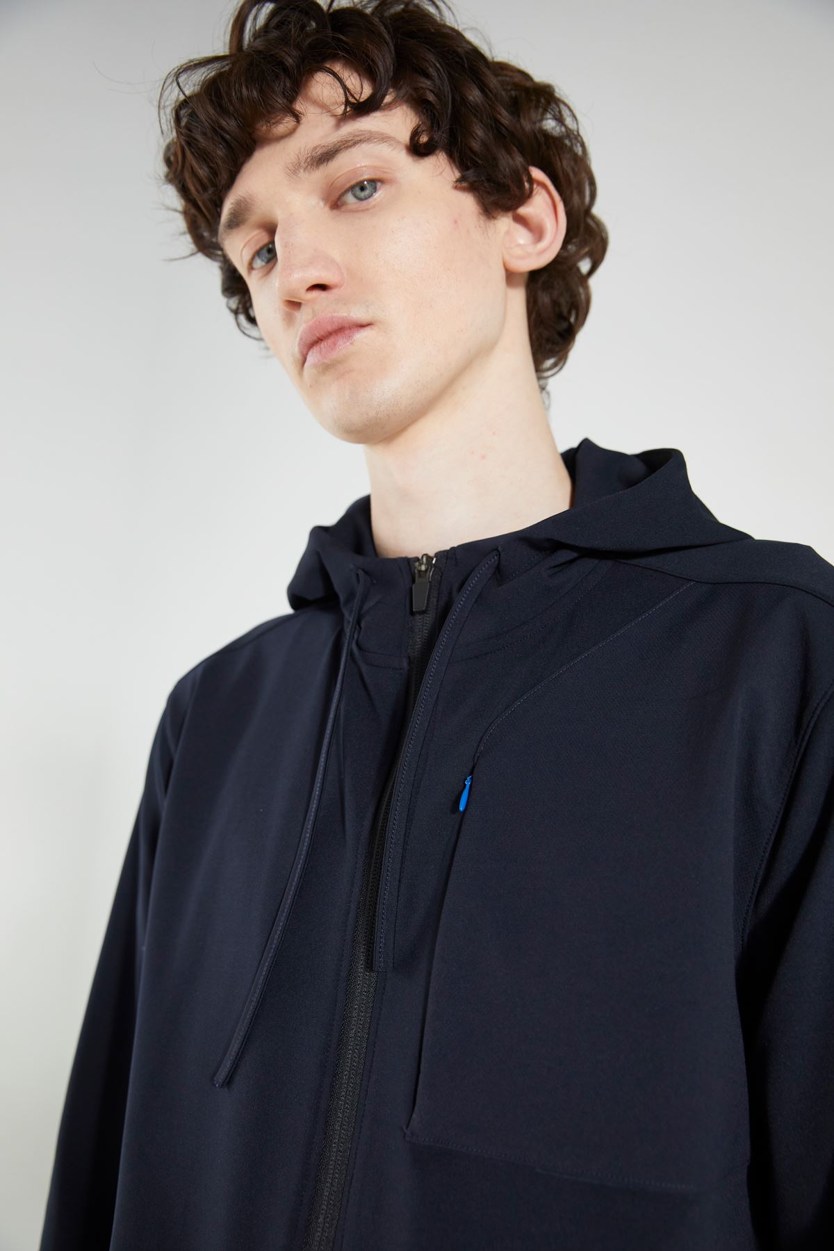 Lacivert Kapüşonlu Fermuarlı Cep Detaylı Uzun Kol Sweatshirt