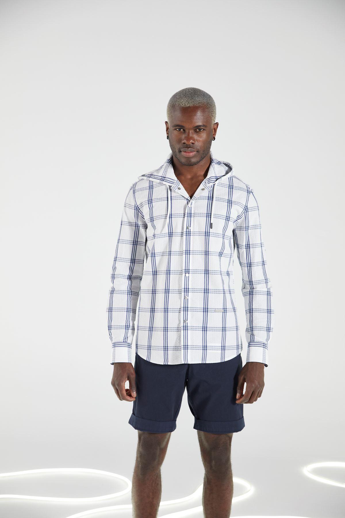 Beyaz Ekose Kapüşonlu Çıt Çıt Kapama Spor Gömlek
